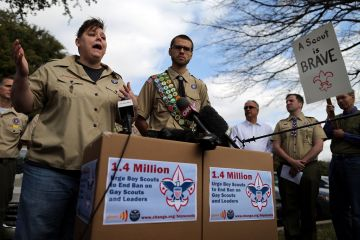 boy_scouts_gay_petition_2013_02-04